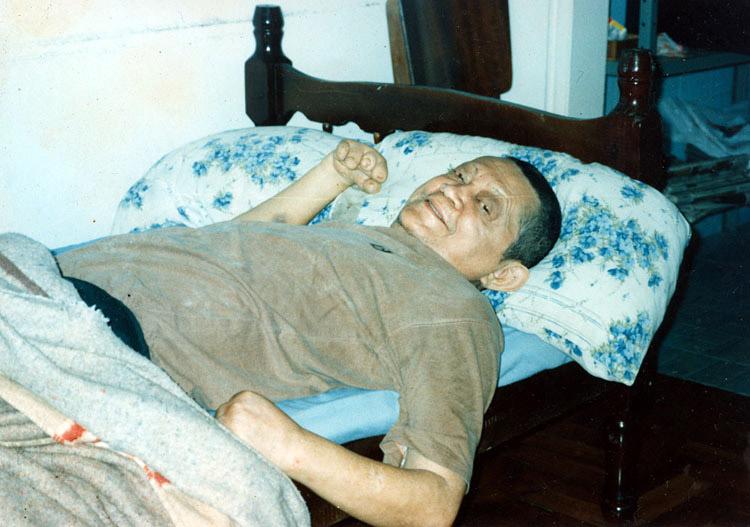 Em recuperação da primeira cirurgia (1996)