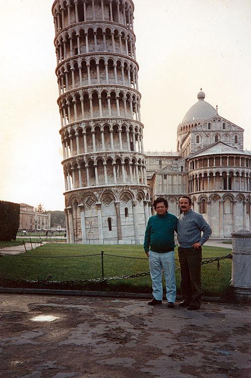 Em Pisa, Itália (1990)